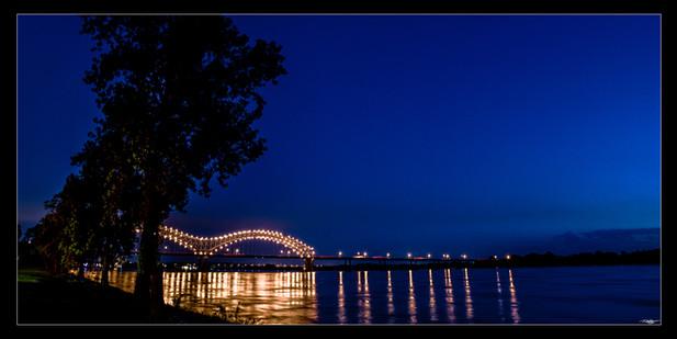 036 Bridge fr Harbortown-Memphis Photogr