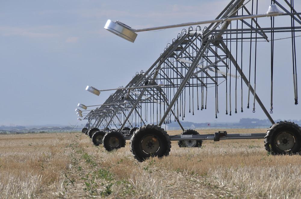 7 SmartDrop sensors installed on a pivot in Saskatchewan.