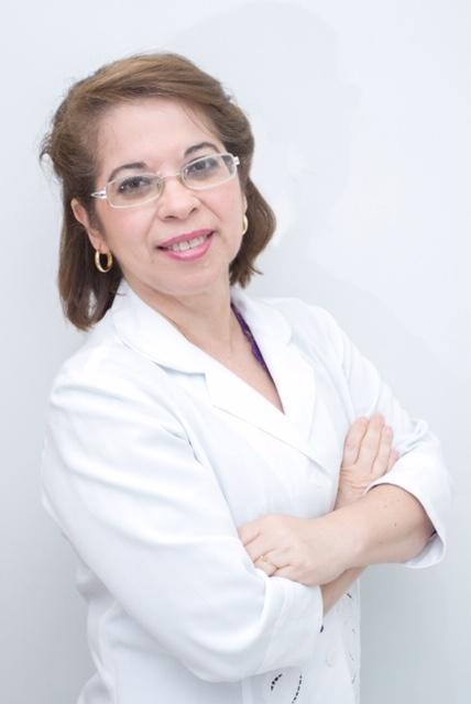 Dr. Cristina A. Paiva