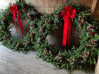 large wreaths.jpg