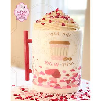 Organic vanilla / chocolate cake mug with Italian buttercream.