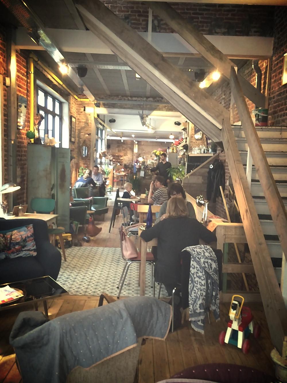 Salle du café Lulu