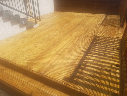 decking cleaning Dunfermline