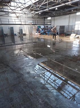 powerwasing floor Lochgelly