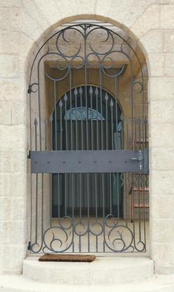 שער מרוקאי משוחזר בנפחות