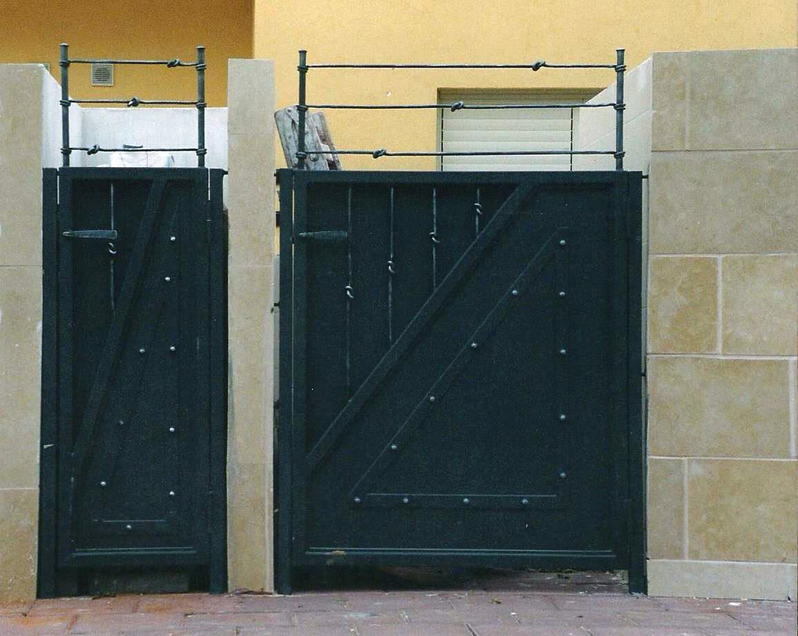 שערים מברזל