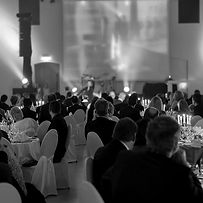 people-at-a-gala-with-bright-lights_edit