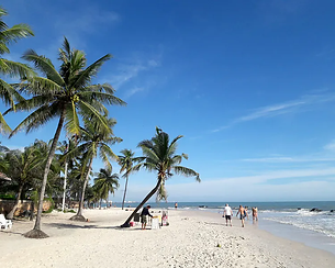 HuaHin Beach-3.png
