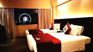 Accessible Hotel Ramada-1_edited.jpg