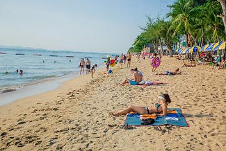 Pattaya-Beach-5-400p.jpg