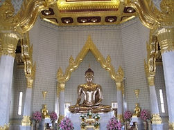 Wheelchair Holidays Golden Buddha-400pix