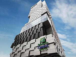 BKK Holiday Inn ExpressSiam.jpg