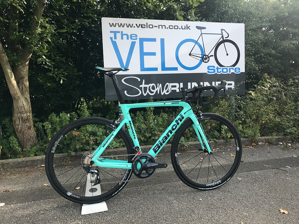 Today sees the first 2018 Bianchi turn up at Velorunner! What a fantastic bike it looks for a retail price of £2650 with full ultegra 8000 series!