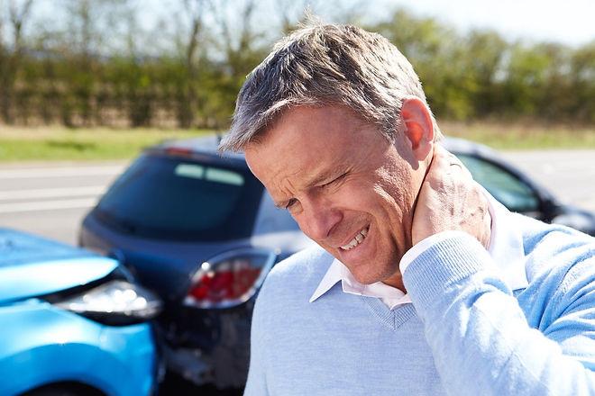 neck-pain-after-car-accident-omaha-diamo