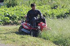 乗用草刈り