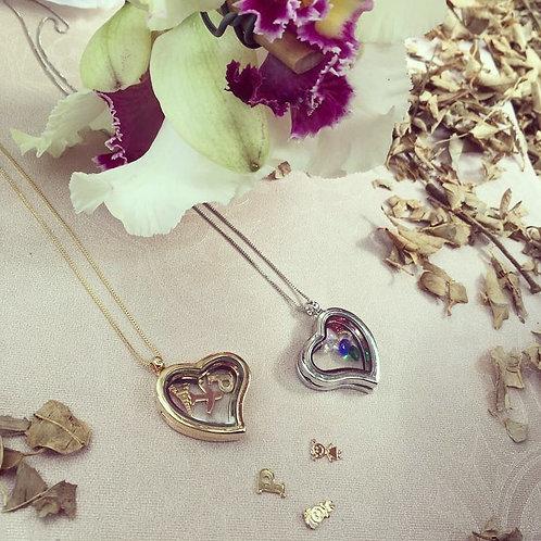 Colar Folheado Personalizado com Pingente de Coração com Inicial e Outros Itens