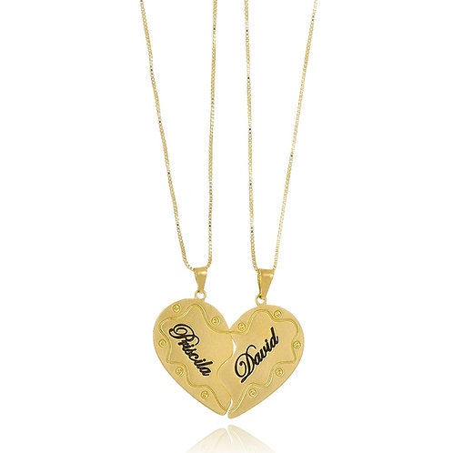 Colar Folheado Personalizado com Pingente de Metades de Coração com Nome Gravado
