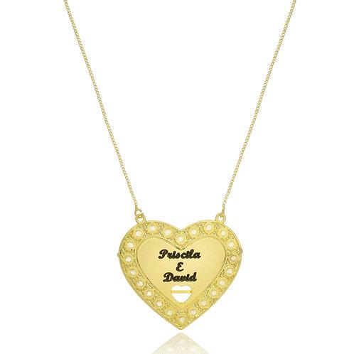 Colar Folheado Personalizado com Pingente de Coração em Zircônia com Nomes