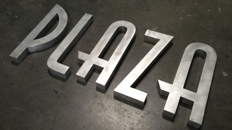 Universal Plaza Signage