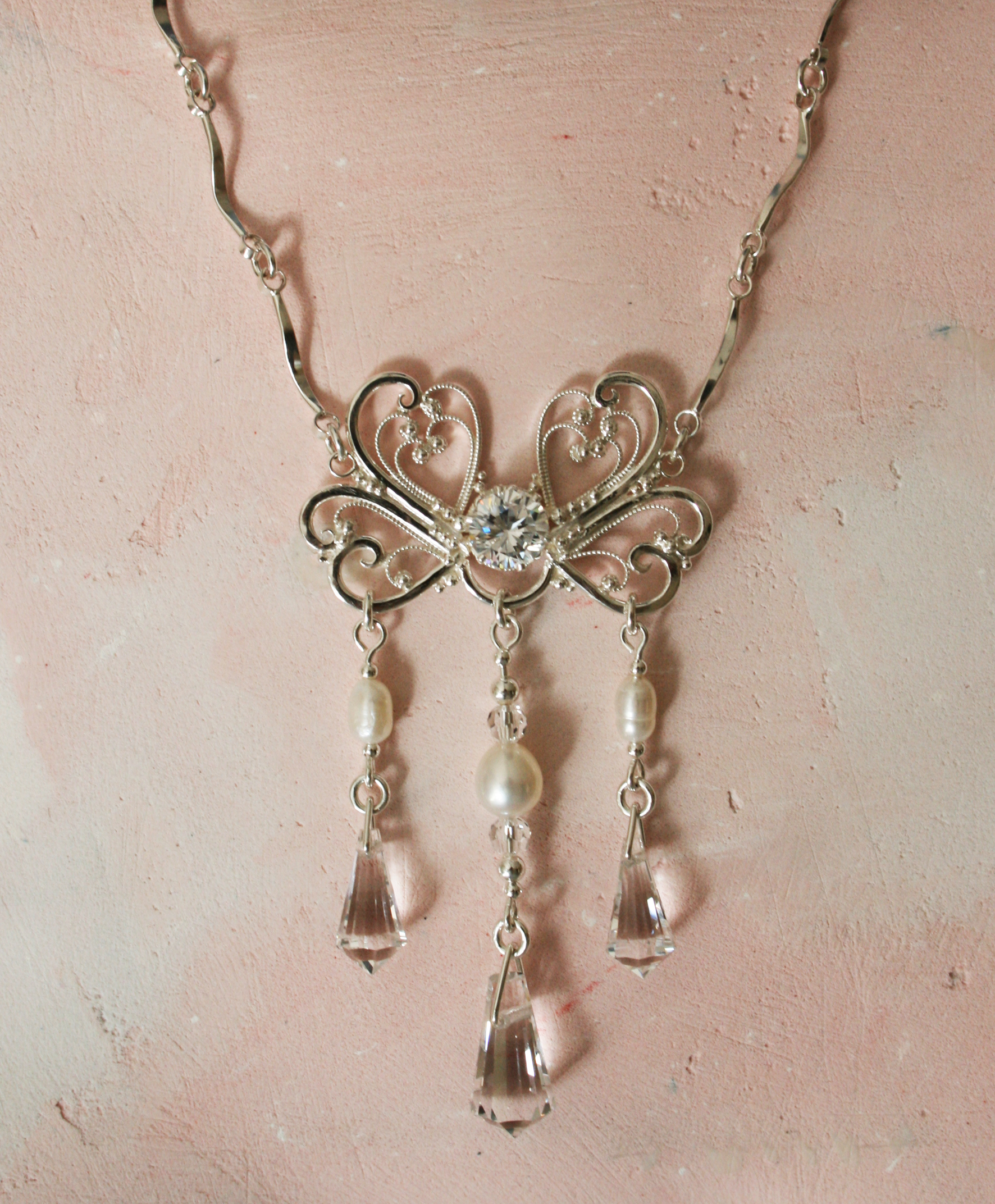 Necklace in filigree