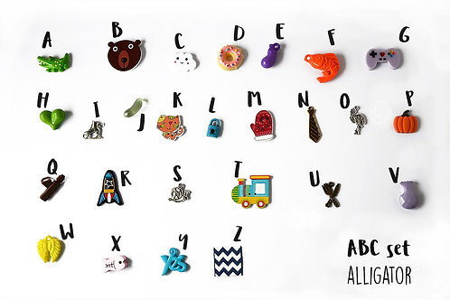 Alligator Theme ABC trinkets, 1-3cm, 26 objects Alphabet miniatures educational games or crafts, by TomToy