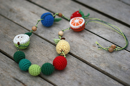 The very hungry caterpillar Teething Nursing necklace Handmade byTomToy