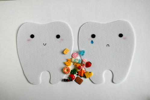 Happy tooth - Sad tooth, 15x17cm tooth, Set of 2 teeth+16 food trinkets