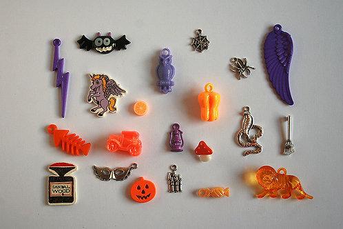 Pumpkin I Spy trinkets collection, 1-6cm, Set of 20