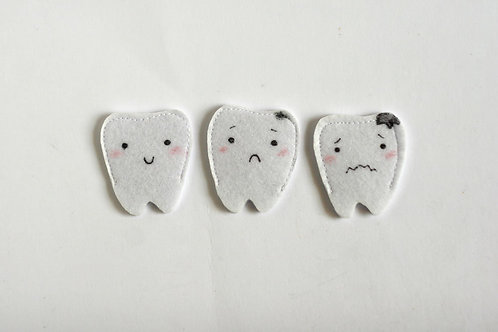 Felt teeth finger puppets, 4x5cm tooth, Set of 3