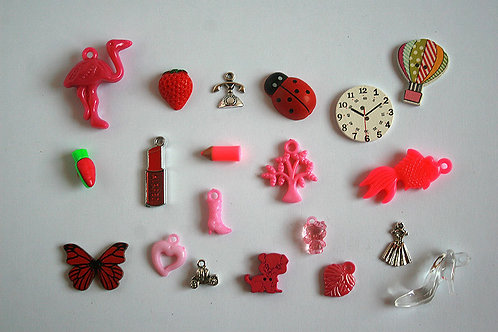 Lipstick I Spy trinkets collection, 1-4cm, Set of 20