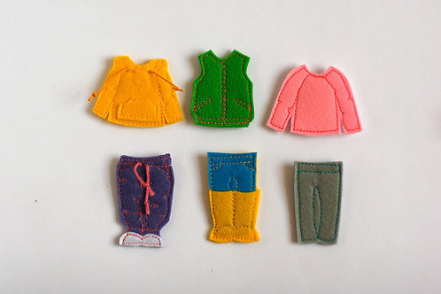 "Sporty Dressing set for Felt ""paper"" doll, Set of 6 outfits"