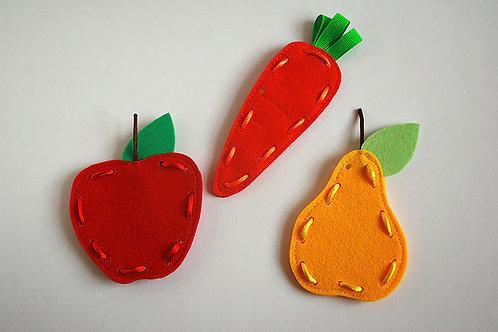 Frutti lacing cards, Felt Apple Pear Carrot, 4.5-11cm, Set of 3