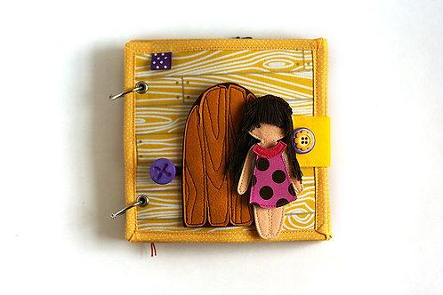 Little Dollhouse quiet book , 17x17cm, 2-8 custom pages