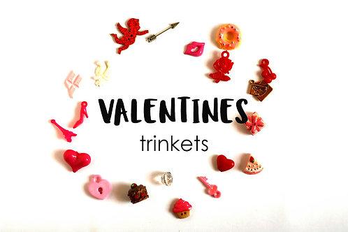 Valentine's day Theme I Spy trinkets, 1-3cm, Set of 20