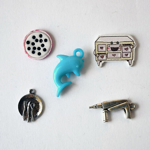 Letter D I spy trinkets, ABC alphabet box fillers by TomToy