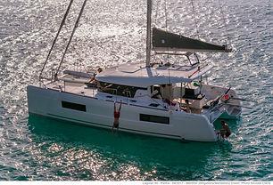 pulsante scelta catamarani a noleggio alle Isole Eolie