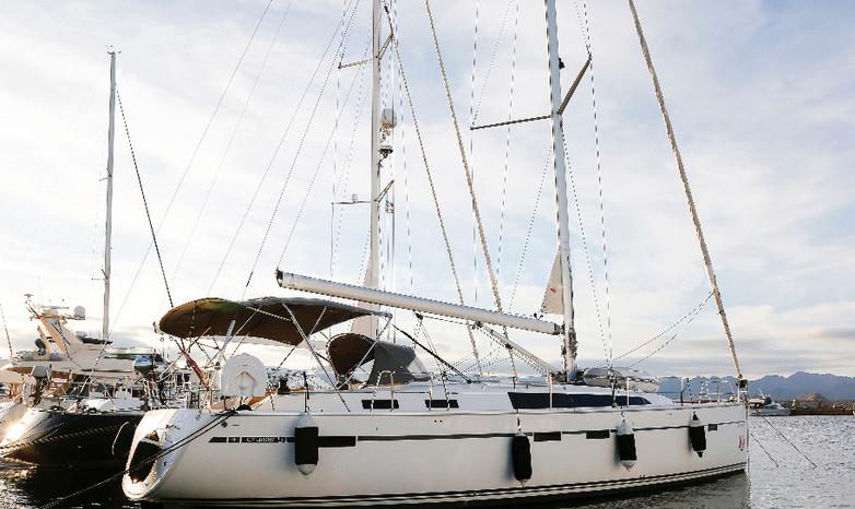 Barca a vela 51 piedi a noleggio in Sardegna