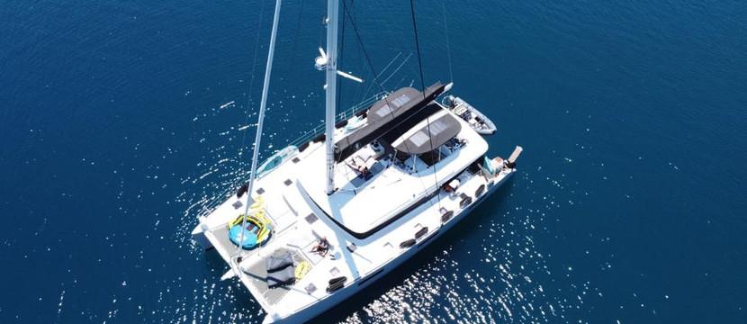 Catamarano Lagoon 62, crewed luxury yacht charter, Atene Grecia