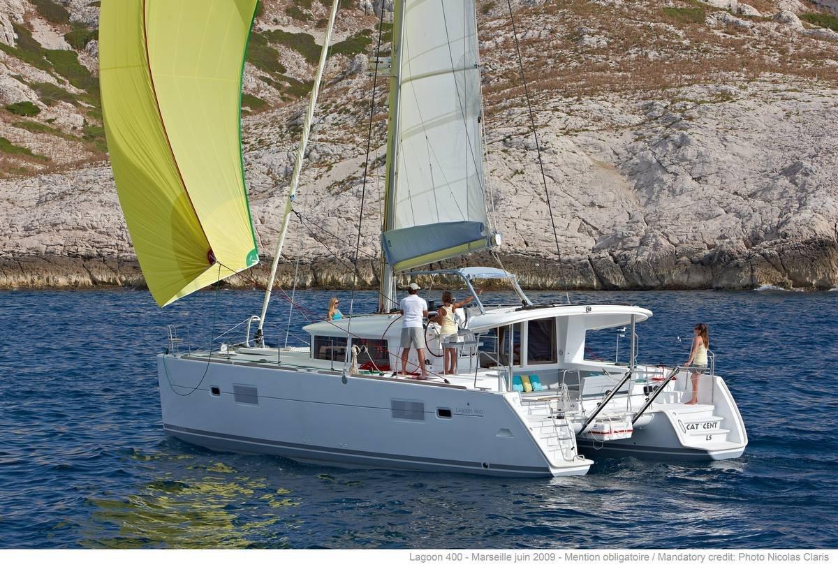 lagoon_400_s2 yacht charter  sailing catamaran Aeolian.jpg
