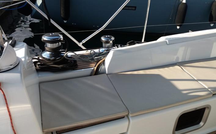 barca a vela jeanneau 54 a noleggio in cosstiera amalfitana
