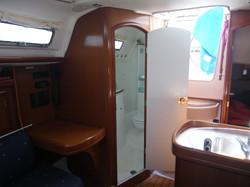 Oceanis 323 barca a vela charter