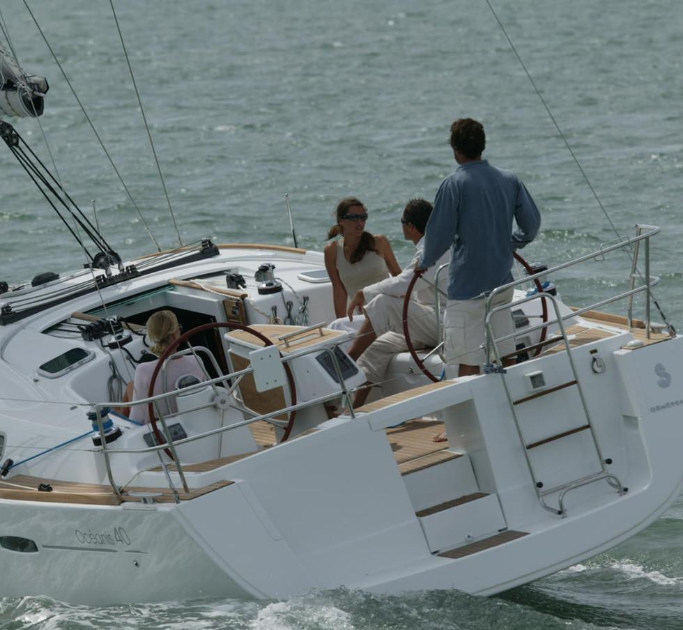 oceanis 40 catalogo, Sunsicily yacht charter.jpg