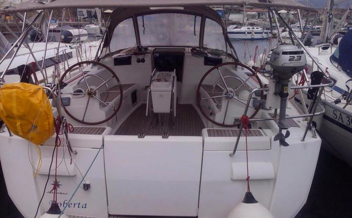 Sun Odyssey 439 4 cabine a noleggio da Salerno