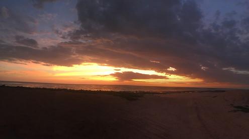 Dundee Beach .jpg