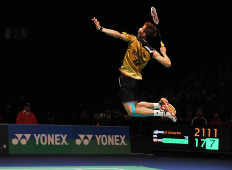 How to increase power in a badminton smash?