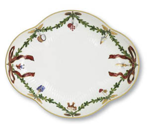 RC #1017441 Star Fluted Small Serving Dish