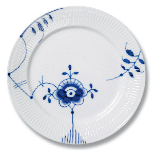 RC Blue Fluted MEGA Plate (8 3/4 In) #1017372