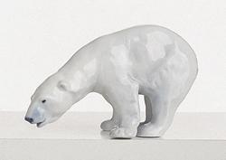 RC 1020054 Polar Bear, Drinking