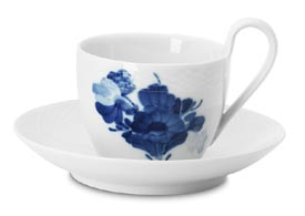 RC #1107089 Coffee Cup & Saucer 6 3/4 oz