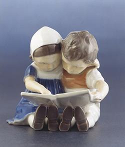 B&G 1567 Reading Children